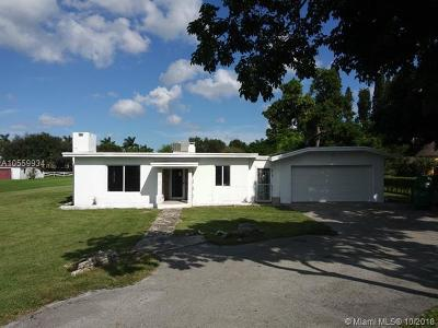 Davie Single Family Home For Sale: 4750 SW 70th Ave