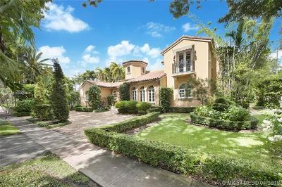 Coral Gables Single Family Home For Sale: 801 Navarre Ave