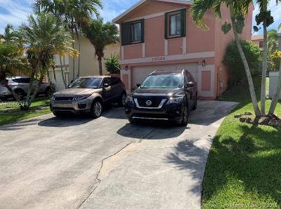 Cutler Bay Single Family Home For Sale: 10044 SW 220th St