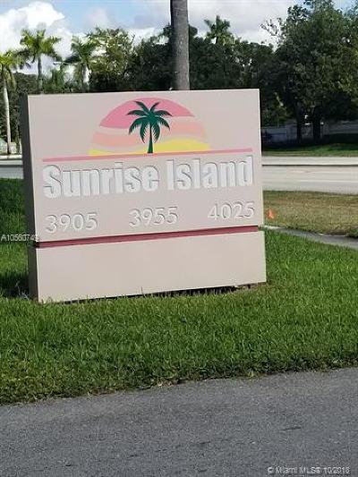 Sunrise Condo For Sale: 3955 N Nob Hill Rd #209