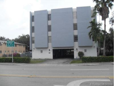 Miami-Dade County Condo For Auction: 12105 NE 6th Ave #203