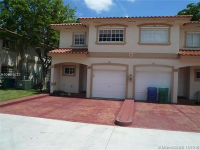 Coral Springs Condo For Sale: 3081 Riverside Dr #16