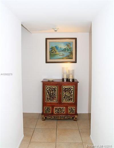 Key Biscayne Condo For Sale: 550 Ocean Dr #3E