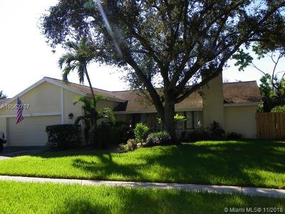 Cooper City Single Family Home For Sale: 10400 SW 49th Mnr