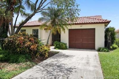 Lake Worth Single Family Home For Sale: 8337 Bonita Isle Dr