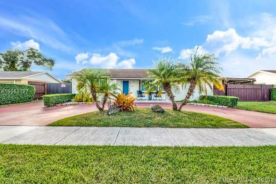 Miami Single Family Home For Sale: 4604 SW 134th Ct