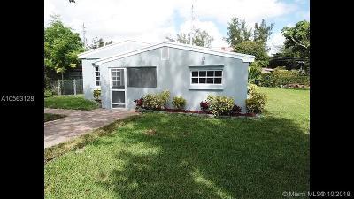 North Miami Single Family Home For Sale: 1295 NE 182nd St
