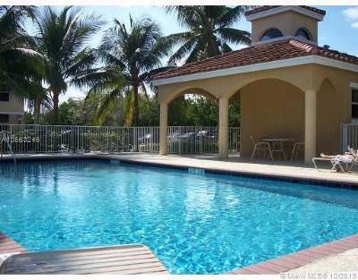 Dania Beach Condo For Sale: 649 E Sheridan St #306
