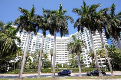 Seacoast 5151, Seacoast 5151 Condo Rental For Rent: 5151 Collins Ave #930