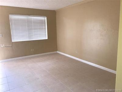 Cutler Bay Condo For Sale: 9760 SW 184th St #12D