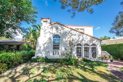 Coral Gables Single Family Home For Sale: 537 Minorca Ave