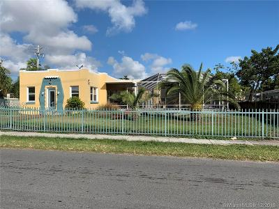 Dania Beach Single Family Home For Sale: 101 SE 2nd St