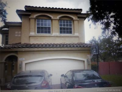 Miramar Single Family Home For Sale: 5181 SW 139th Ter