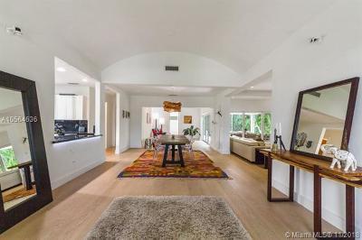 Single Family Home For Sale: 5931 La Gorce Dr