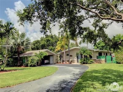 Palmetto Bay Single Family Home For Sale: 13740 SW 78th Pl