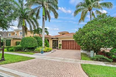 Boca Raton Single Family Home For Sale: 17944 Villa Club Way