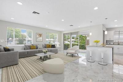 Boca Raton Single Family Home For Sale: 6105 NE 7th Ave