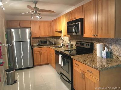 Deerfield Beach Condo For Sale: 1428 SE 4th Ave #222