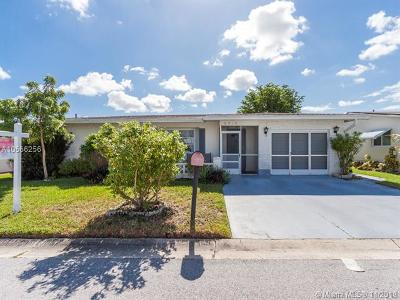 Margate Single Family Home For Sale: 6910 NW 11th Ct