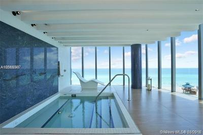 Sunny Isles Beach Condo For Sale: 17475 Collins Ave #704