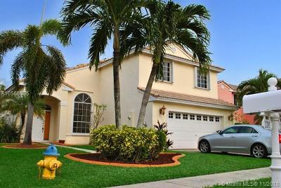 Pembroke Pines Single Family Home For Sale: 1381 NW 187 Avenue