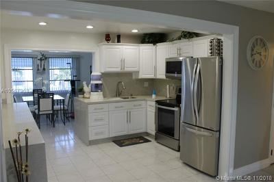 Pompano Beach Single Family Home For Sale: 141 NW 28 St