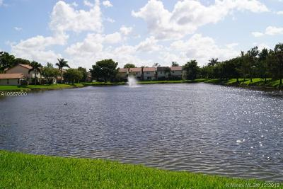 Pembroke Pines Condo For Sale: 10858 NW 8th St #10858