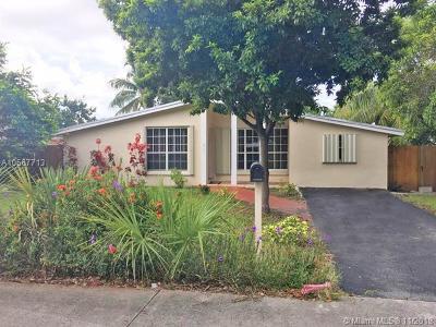 North Miami Single Family Home For Sale: 2010 NE 171st St