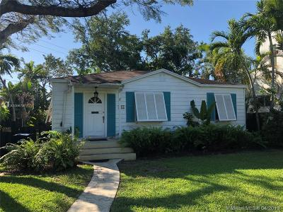 Miami Springs Single Family Home For Sale: 210 S Melrose Dr