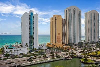Sunny Isles Beach Condo For Sale: 16400 Collins Ave #1544