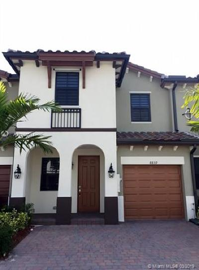 Doral Condo For Sale: 8859 NW 102nd Ct #8859