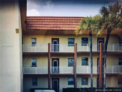 Sunrise Condo For Sale: 8300 Sunrise Lakes Blvd #101
