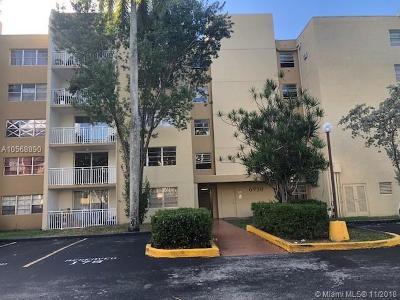 Hialeah Condo For Sale: 6950 Miami Gardens Dr #2-410