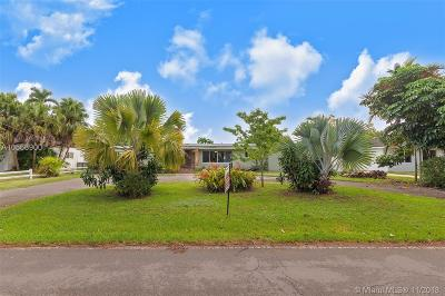 Biscayne Park Single Family Home For Sale: 11605 Griffing Blvd
