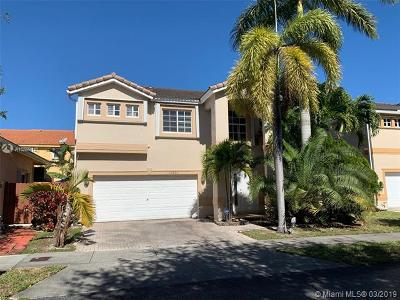 Doral Single Family Home For Sale: 10863 NW 53 Ln