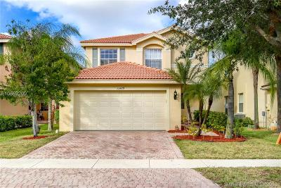 Royal Palm Beach Single Family Home For Sale: 11479 Sage Meadow Ter