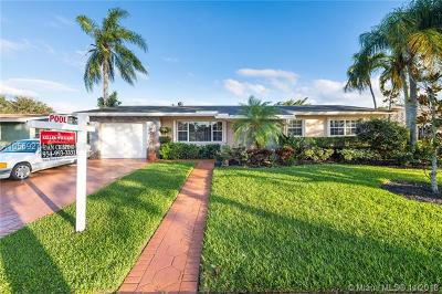 Pembroke Pines Single Family Home For Sale: 1721 NW 111th Ter