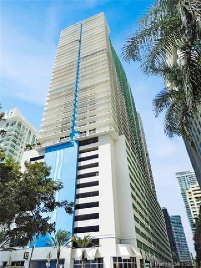 Miami Condo For Sale: 1200 Brickell Bay Dr #3905