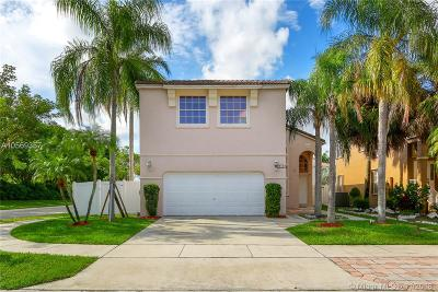 Pembroke Pines Single Family Home Active With Contract: 510 NW 157th Ln