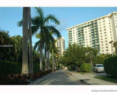 Sunny Isles Beach Condo For Sale: 19390 Collins Ave #1112