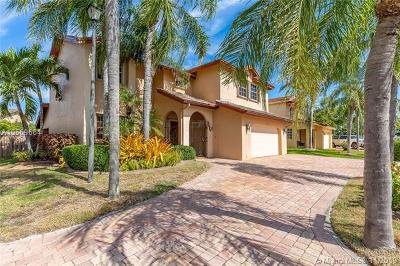 Cutler Bay Single Family Home For Sale: 8591 SW 208th St