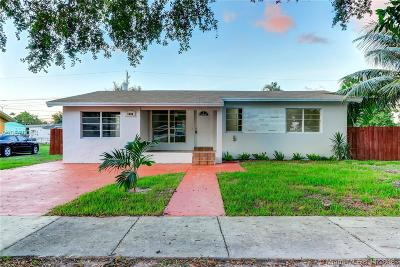 Miami Gardens Single Family Home For Sale: 3101 NW 165th St