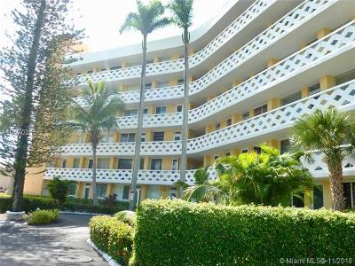 Fort Lauderdale Condo For Sale: 2400 NE 9th St #104