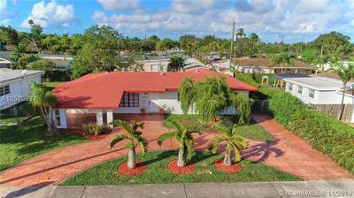 Miami Single Family Home For Sale: 10025 SW 84th St