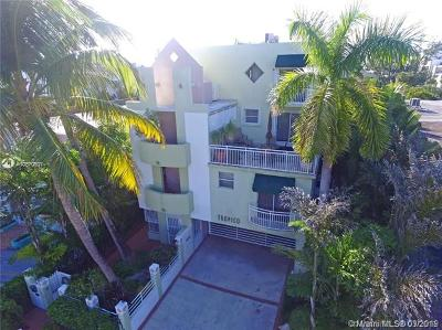 Miami Beach Condo For Sale: 1614 Euclid Ave #22