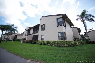 Boca Raton Condo For Sale: 8625 W Boca Glades Blvd W #D