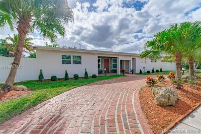 Miami Single Family Home For Sale: 1920 NE 208th Ter