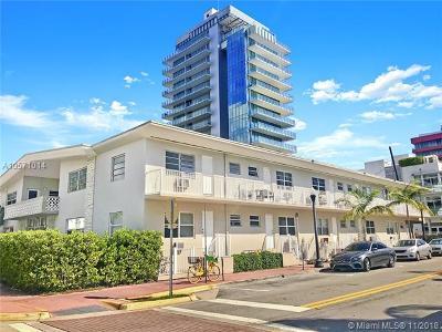 Miami Beach Condo For Sale: 101 Collins Ave #17