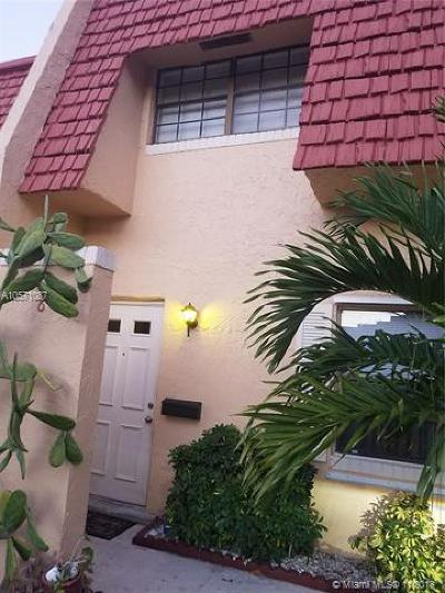 Tamarac Condo For Sale: 8 The Common #8
