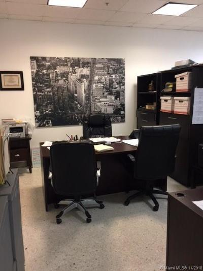 Sunny Isles Beach Commercial For Sale: 19370 Collins Ave #CU-6